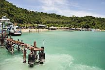 Ao Sapparot Pier, Ko Chang, Thailand