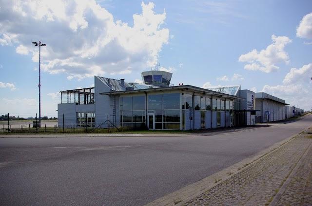 Flughafen Neubrandenburg - Trollenhagen