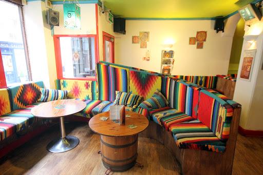 Chesters Restaurant & Bar