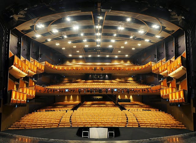 Ahmanson Theatre