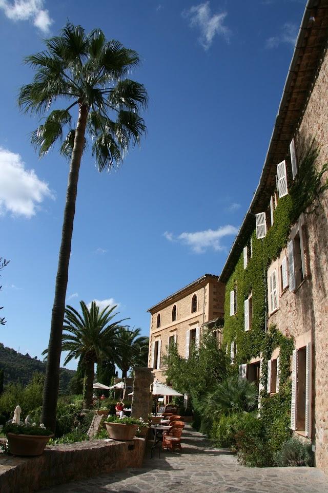 Hotel La Residencia Y Restaurantes Son Moragues Y El Olivo