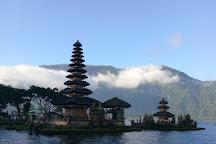Lake Bratan, Bedugul, Indonesia