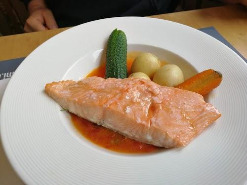 Dirham Fish Cafe