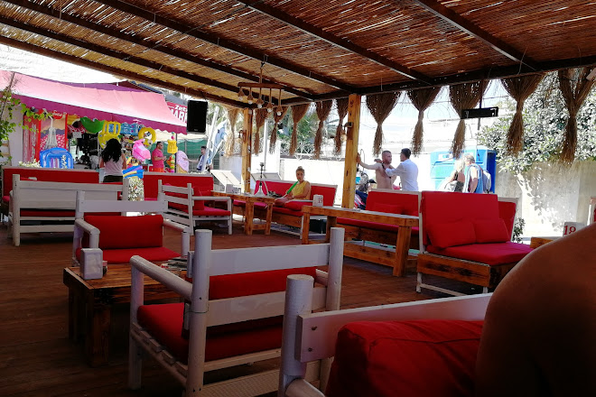 Visit Roy's Place Karaoke Bar on your trip to Gumbet or Turkey