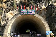 Tuyet Tinh Coc, Ninh Binh, Vietnam