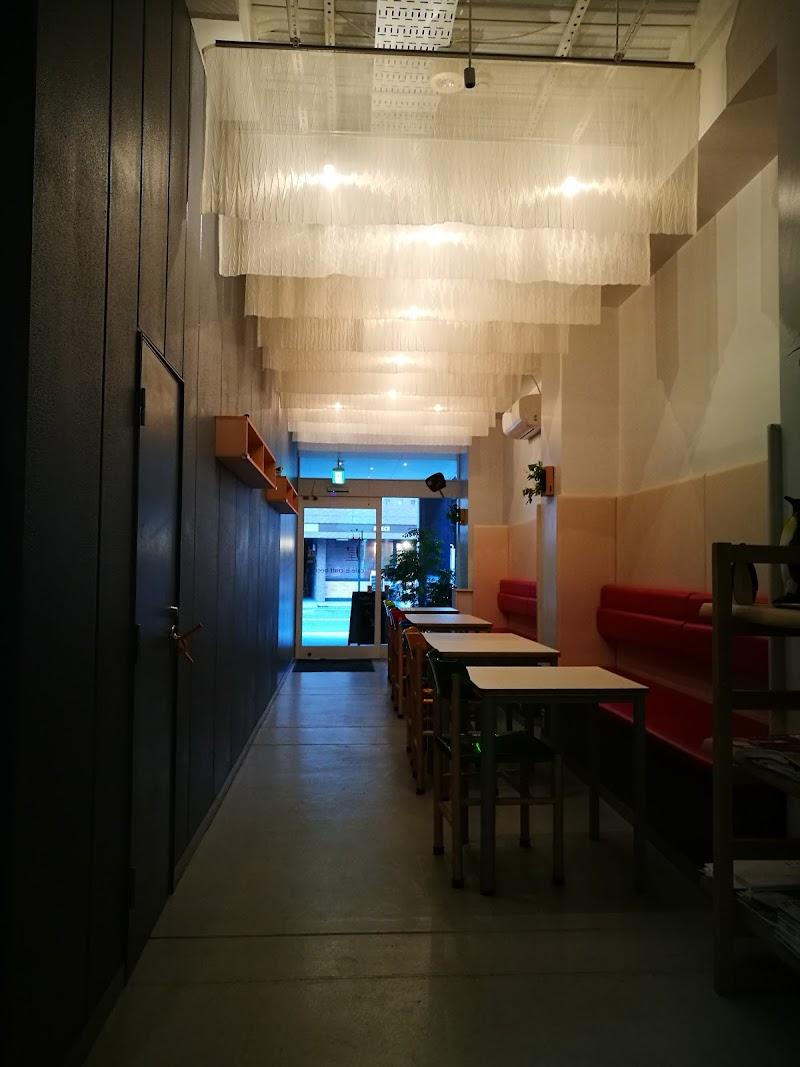 café & craft beer 麻屋