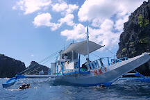 Deep Blue Dive Seafari, El Nido, Philippines