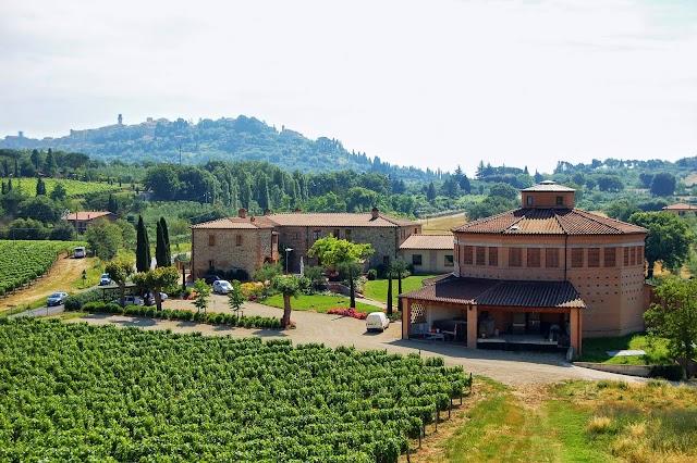 Casa Vinicola Triacca - Tenuta Santavenere