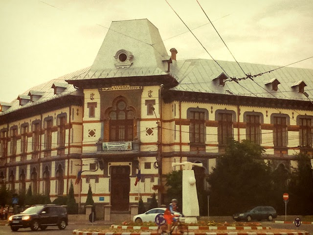 Colegiul Naţional Tudor Vladimirescu