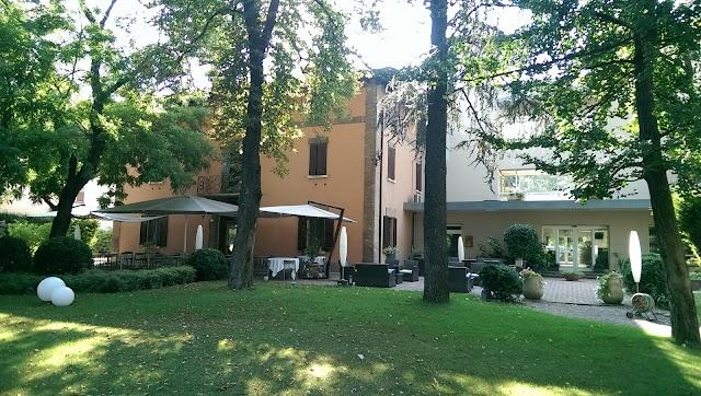 Hotel Due Pini - Palestra,Sauna,Parcheggio privato,Bar esterno,Giardino