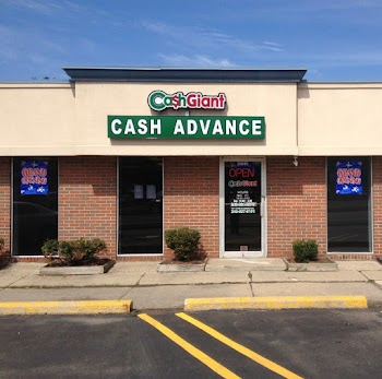 Cash Giant 17 Payday Loans Picture