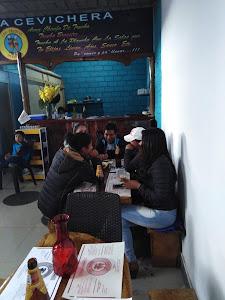 Barra Cevichera Los Truchas Hermanos 4