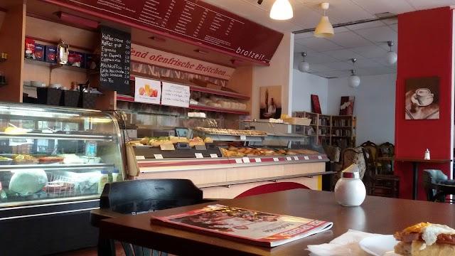 Bakery & Cafe Brotzeit