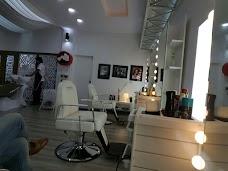 Tauseeq Haider Men's Salon islamabad