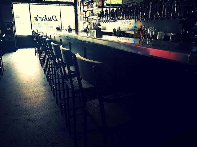 Duke's Upper Deck Cafe
