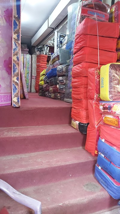 Hajigull nabi foam shop