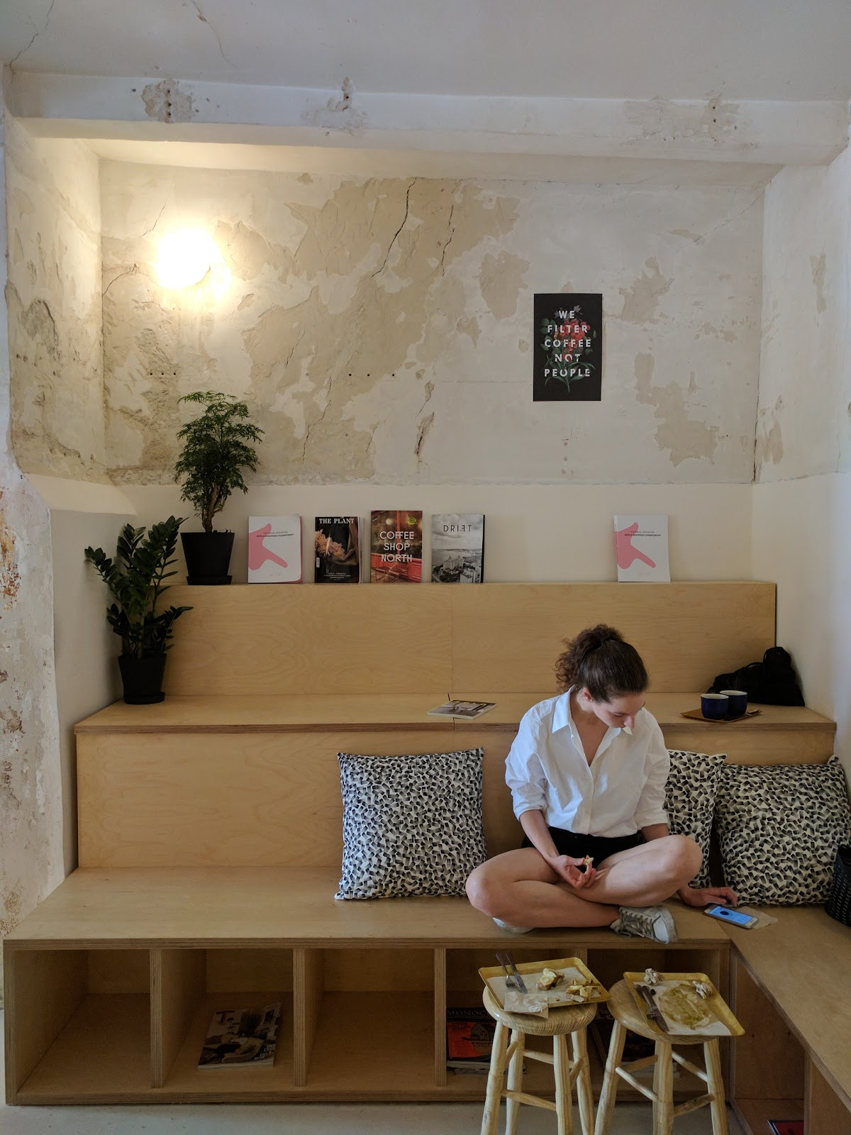 Hola Coffee: A Work-Friendly Place in Madrid