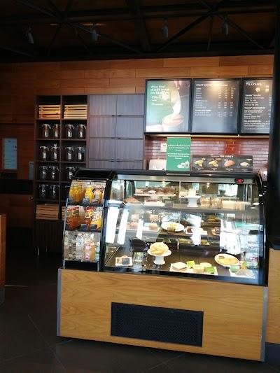Starbucks coffee Robinson Surin