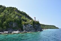 Flowerpot Island Lighthouse, Tobermory, Canada