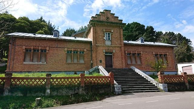 Escuelas Ave María de Arnao