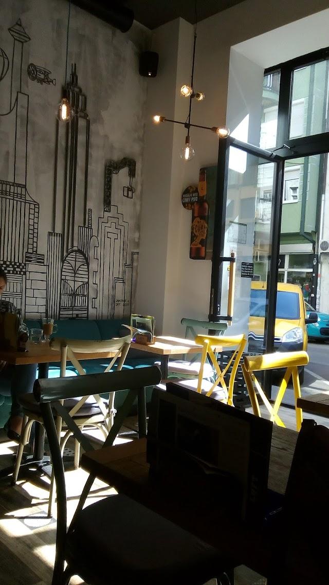 Loft, Coffee & Lounge Bar