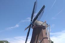 De Immigrant Windmill, Fulton, United States