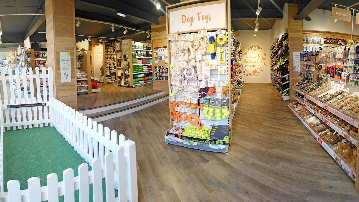 Pets Corner Kingswood interior