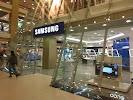 Фирменный магазин Samsung, Заневский проспект, дом 67, корпус 2 на фото Санкт-Петербурга