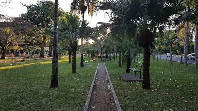 Les Salines Garden