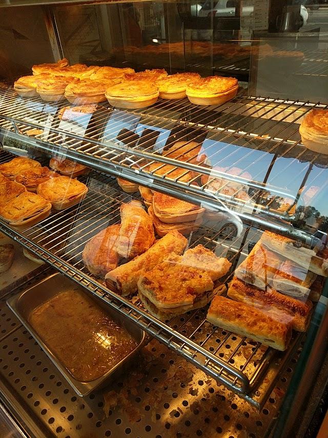 Merriwa Cakes & Pastries