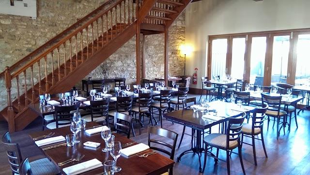 Wanera Wine Bar Restaurant