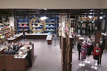 Gucci Outlet, Reggello, Italy