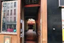 Cafe Oscar, Paris, France