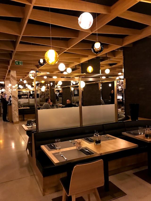 Grand Café by RedBeef