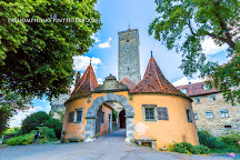 Burgtor und Burg, Rothenburg, Germany