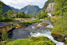 Fossevandring Geiranger, Geiranger, Norway