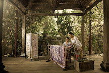 Batik Popiler 2, Bali, Indonesia