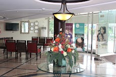 COSMETIQUE Dermatology, Laser, Hair Transplant, Liposuction & Cosmetic Plastic Surgery Center lahore 190 DD Block