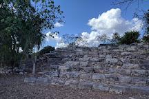 Zona Arqueologica de Izamal, Izamal, Mexico