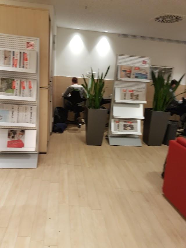DB Lounge Dusseldorf Hbf