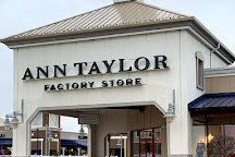 Tanger Outlets Jeffersonville, Jeffersonville, United States