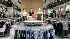 Jeans Warehouse maui hawaii