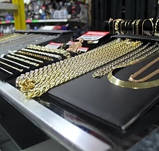 National Pawnbrokers Outlet of Flint Payday Loans Picture