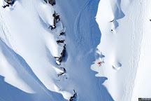 Selkirk Snowcat Skiing, Meadow Creek, Canada