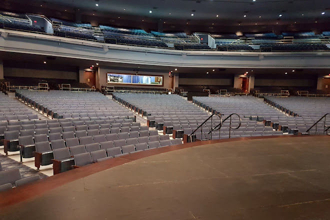 Visit Rosemont Theatre On Your Trip To