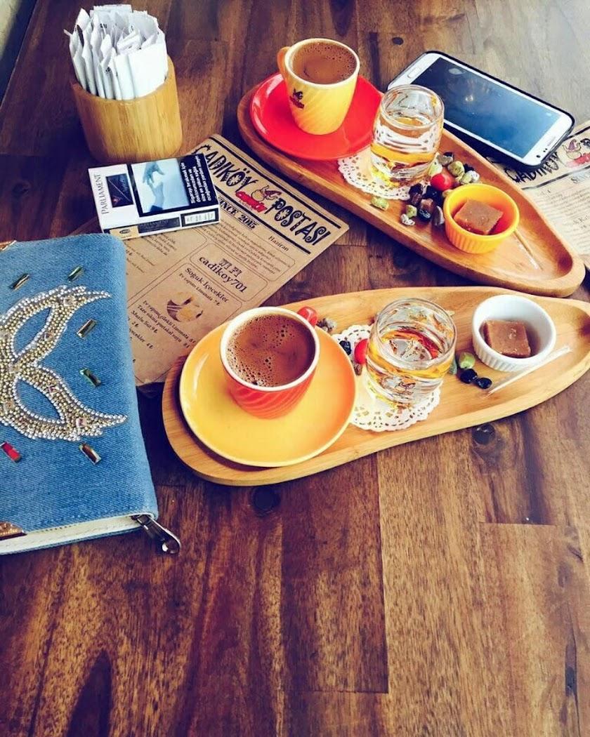 Cadıköy Cafe Resim 10