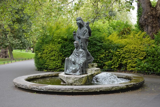 Luas-St Stephen's Green