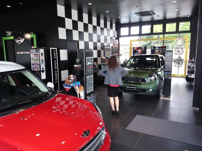 Murauchi BMW 八王子支店 新車ショールーム/BMW Premium Selection