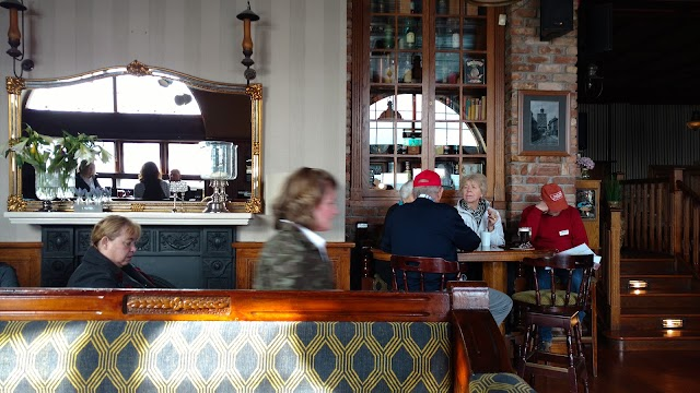 The Quays Bar Youghal