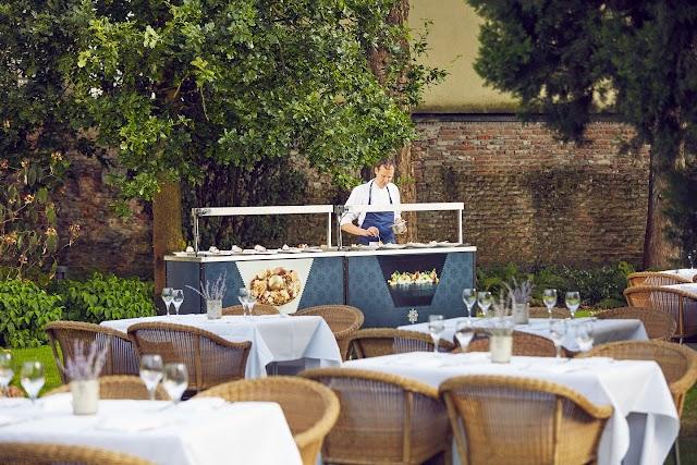 Restaurant Karel 5
